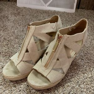 Shoes - Tan and Gold Zipper wedges